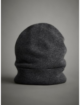 100 Percents Cashmere Hat by Massimo Dutti