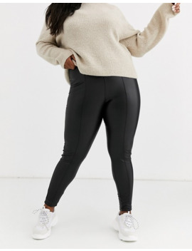 New Look Curve Leather Look Leggings In Black by New Look