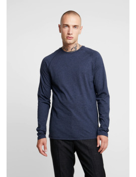 Long Sleeved Top by Rvlt