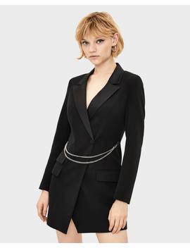 Vestido Tipo Blazer Con Cadena by Bershka