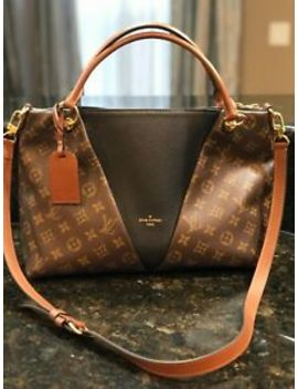 Louis Vuitton V Tote Mm Mng Noir Cara   2018 by Louis Vuitton