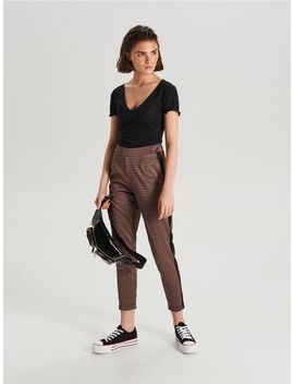Spodnie High Waist Z Panelami by Cropp