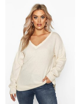 Plus Jumper With V Neck Detail Front And Back by Boohoo