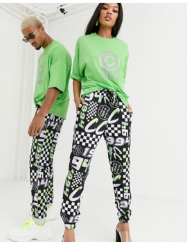 Asos Design X Christian Cowan –Unisex – T Shirt Mit Oversize Logo by Asos