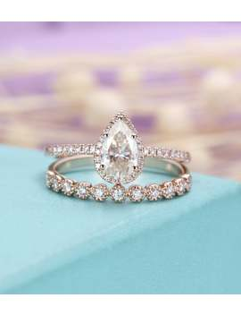 Pear Shaped Moissanite Engagement Ring Set For Women,Vintage And Delicate Diamond Ring,Rose Gold Wedding Band, Stacking Jewelry Gift For Her by Etsy
