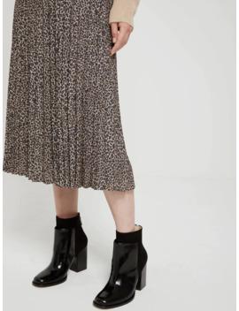 Leopard Printed Pleated Midi Skirt In Brown by Frank & Oak