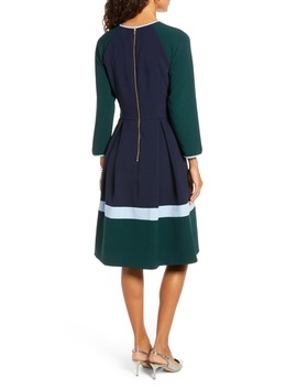 Colorblock Long Sleeve Pleated Midi Dress by 1901