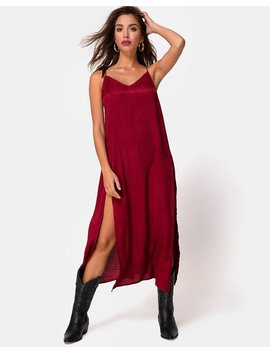 Hime Maxi Dress In Satin Cheetah Raspberry By Motel by Motel