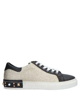 Sneakers by Piampiani