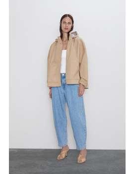Kontrast KapÜŞonlu Ceket by Zara