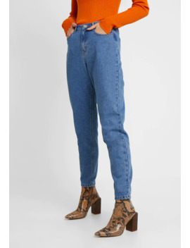 Riot High Waisted Mom   Jeans Relaxed Fit by Missguided Tall