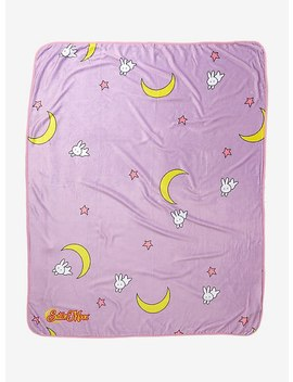 Sailor Moon Bed Throw   Box Lunch Exclusive by Box Lunch