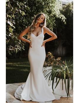 Va Va Voom Mermaid Wedding Dress by Noel And Jean By Katie May