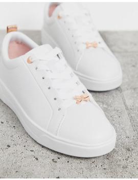 Ted Baker – Weiße Sneaker Aus Leder Mit Roségoldenen Verzierungen by Asos