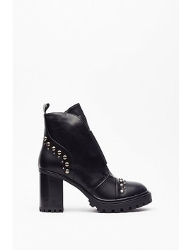 Stud Toe Counter Heeled Biker Boots by Nasty Gal
