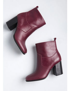 Spur Of The Moment Leather Upper Ankle Boot by Sbicca