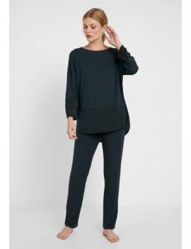 Modern Flair Set   Pyjamaser by Triumph