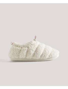 Faux Shearling Closed Toe Slippers by Oysho