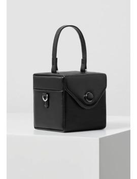 Cube   Wash Bag by Violeta By Mango