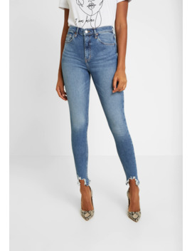 Jagged Hem Jamie   Jeans Skinny Fit by Topshop