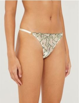 Moa Lace Thong by Bordelle