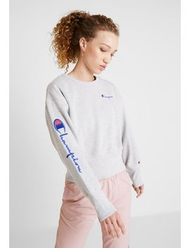 Big Sleeve Script Crewneck Cropped   Felpa by Champion Reverse Weave
