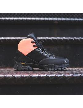 1017 Alyx 9 Sm Lace Up Hiking Boot by Alyx Studio
