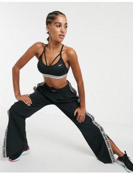 Nike Training Aeroadapt Bra In Black by Nike's