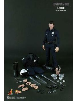 Hot Toys Mms129   Terminator 2 : Judgment Day   T1000 by Hot Toys