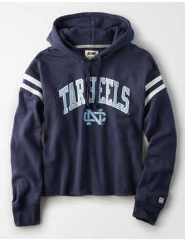 Tailgate Women's Unc Cropped Fleece Hoodie by American Eagle Outfitters