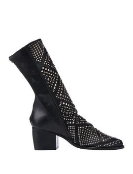 Ankle Boot by Le Pepite