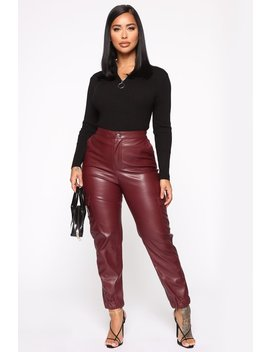 cant-ignore-the-signs-pu-cargo-pant---burgundy by fashion-nova