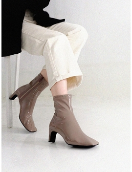 Sheep Skin Enamel Spandex Ankle Boots Cocoa by Mol:Pin