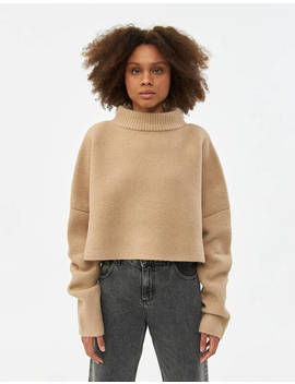 Emily Pullover Sweater In Beige by Inexclsvinexclsv