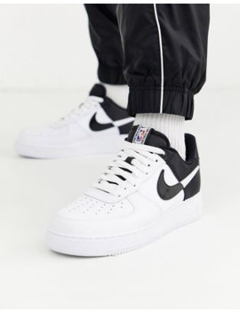nike-air-force-1-07-trainers-in-white_black-bq4420-100 by nike