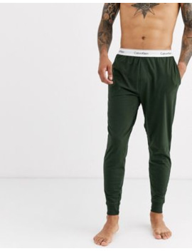 Calvin Klein – Modern Cotton Stretch – Jogginghose In Khaki Mit Bündchen by Asos