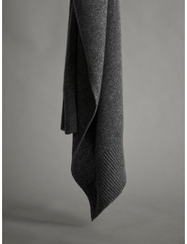 100 Percents Cashmere Scarf by Massimo Dutti
