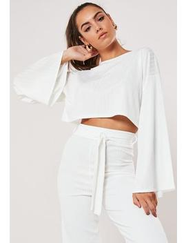 Petite Cream Batwing Crop Top by Missguided