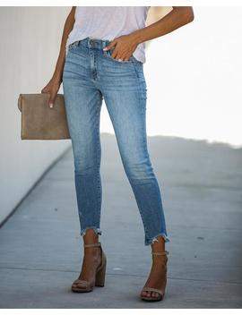 ballot-mid-rise-frayed-ankle-skinny by vici