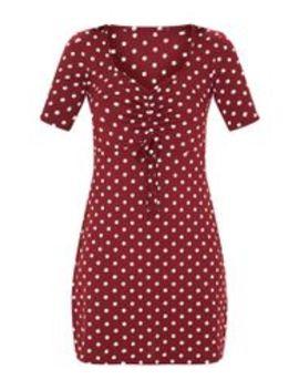Burgundy Polka Dot Ruched Bust Shift Dress by Prettylittlething