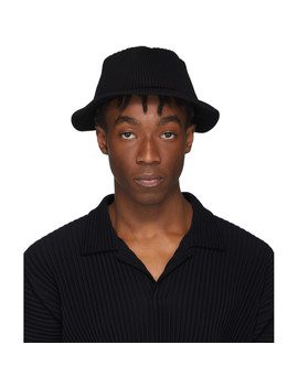 Black Pleats Bucket Hat by Homme PlissÉ Issey Miyake