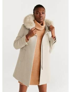 Παλτό κουκούλα γούνα by Mango