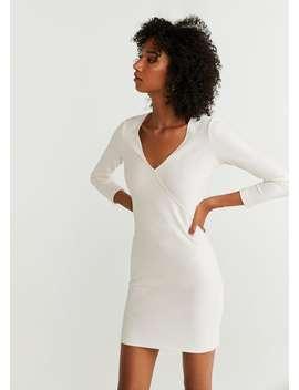 Φόρεμα εφαρμοστό με ανάγλυφη υφή by Mango