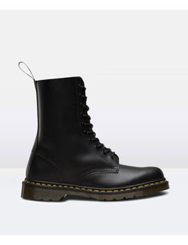 1490 10 Eye Lace Up Smooth Boot Black by Au