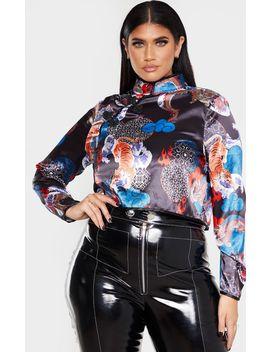 Plus Black Oriental Long Sleeve Crop Top by Prettylittlething
