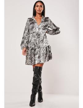 Grey Leopard Print Keyhole Frill Hem Smock Dress by Missguided