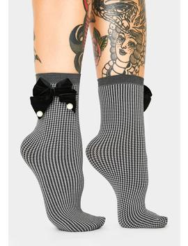 Houndstooth Pearl Bow Ankle Socks by Me Moi