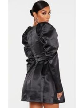 Robe Patineuse Satinée Noire à Manches Ballon Et Bonnets by Prettylittlething