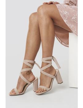 Tied Block Heels Beige by Paolamariaxnakd