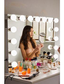 Impressions Vanity Co. Hollywood Premier Pro Vanity Mirror. by Impressions Vanity Co.